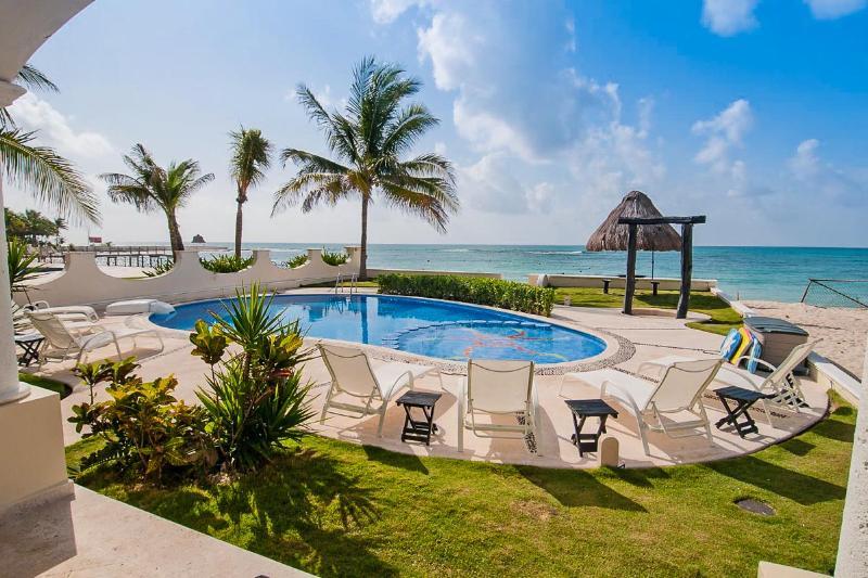 Villa Paradise, Sleeps 10 - Image 1 - Playa Paraiso - rentals
