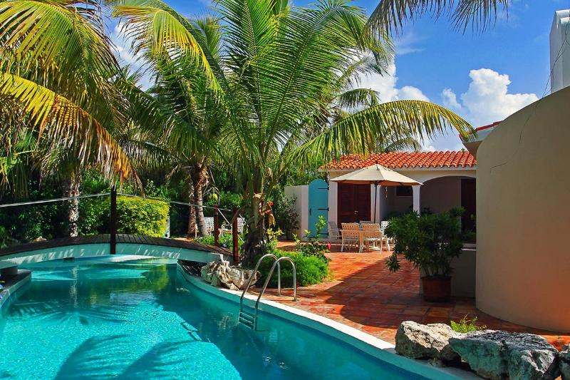 L Embellie Beach Villa and Cottage, Sleeps 6 - Image 1 - Forest Bay - rentals