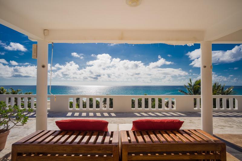 Sol Y Luna, Sleeps 12 - Image 1 - Playa del Secreto - rentals