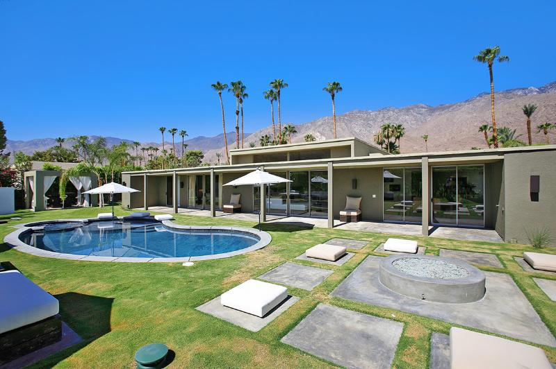 Canyon Green, Sleeps 8 - Image 1 - Palm Springs - rentals