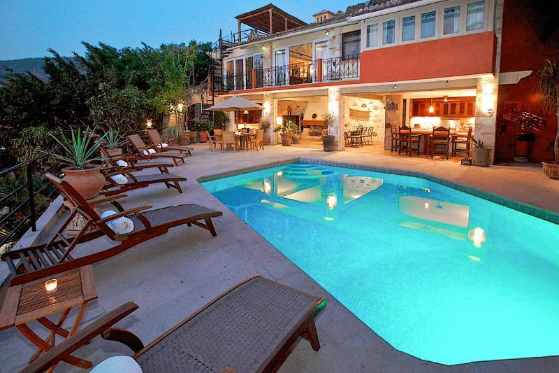 Casa Ileana, Sleeps 10 - Image 1 - Puerto Vallarta - rentals