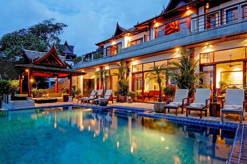 Villa Arawan, Sleeps 10 - Image 1 - Cherngtalay - rentals