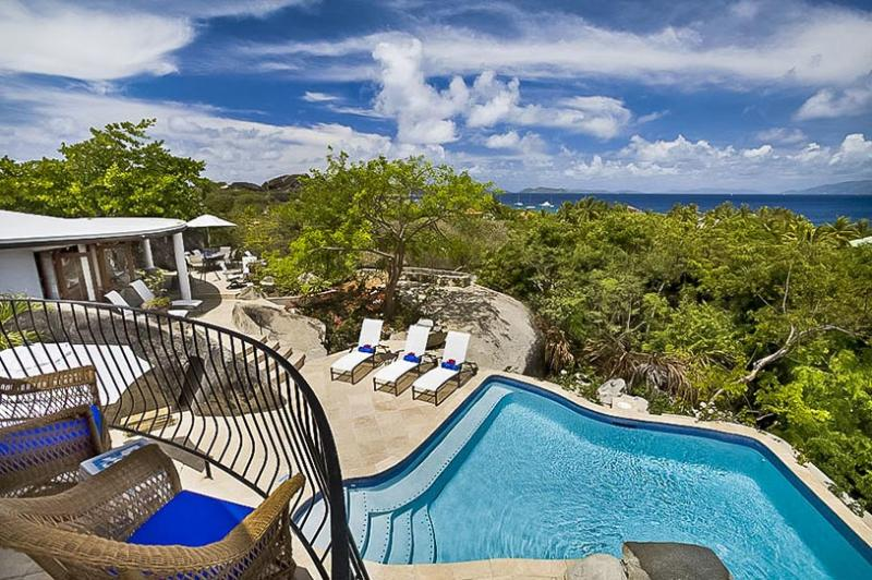 On The Rocks, Sleeps 4 - Image 1 - Little Trunk Bay - rentals