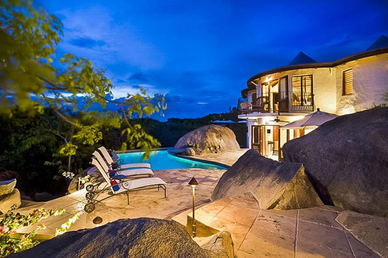 On The Rocks - Ideal for Couples and Families, Beautiful Pool and Beach - Image 1 - Virgin Gorda - rentals