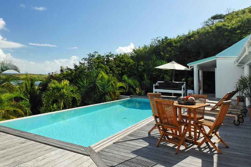 Blue Lagoon, Sleeps 4 - Image 1 - Grand Cul-de-Sac - rentals