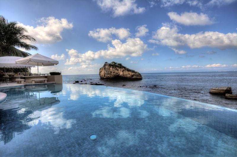 Paraiso Villa, Sleeps 14 - Image 1 - Mismaloya - rentals
