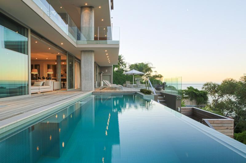 Bantry House, Sleeps 10 - Image 1 - Bantry Bay - rentals