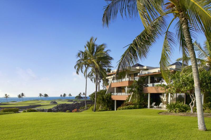 Mauna Lani Point Fairway and Ocean View, Sleeps 4 - Image 1 - Mauna Lani - rentals