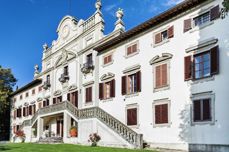 Beautiful and Historic Chianti Villa with Pool and Wonderful Views - Villa Chianti - Image 1 - Radda in Chianti - rentals