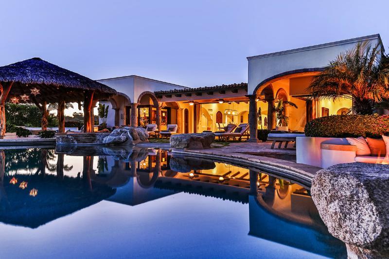 Casa Mar, Sleeps 12 - Image 1 - Cabo San Lucas - rentals