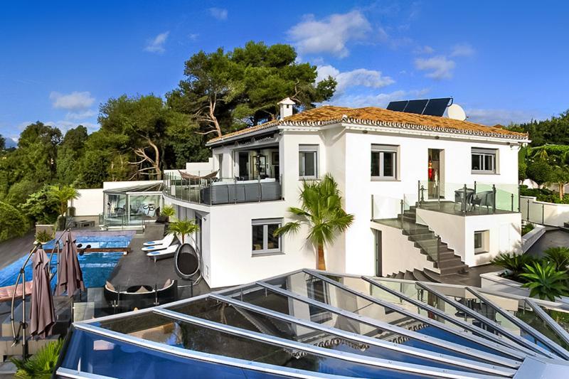 Villa Mirage, Sleeps 9 - Image 1 - La Cala de Mijas - rentals