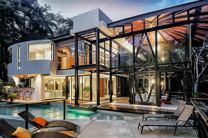 The Villa Mariana, Sleeps 10 - Image 1 - Quepos - rentals