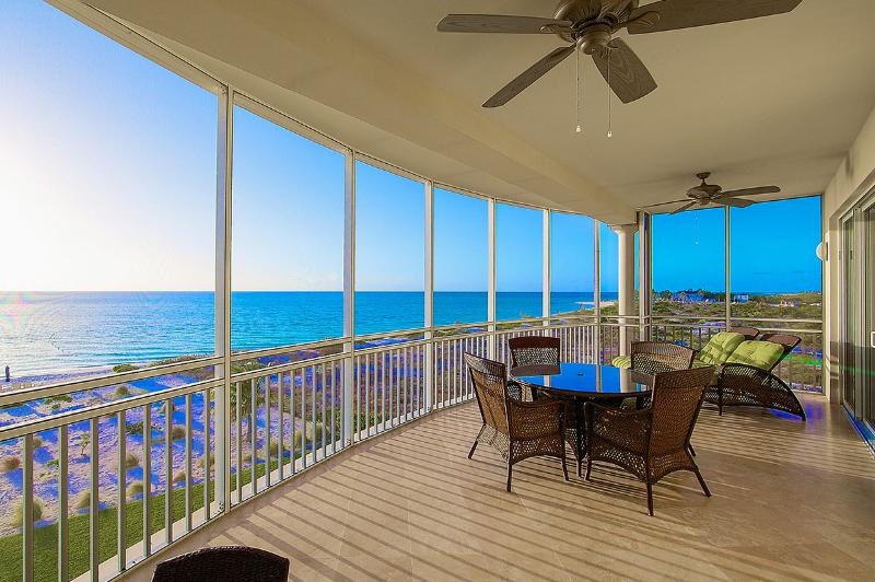The Venetian, Sleeps 2 - Image 1 - Grace Bay - rentals