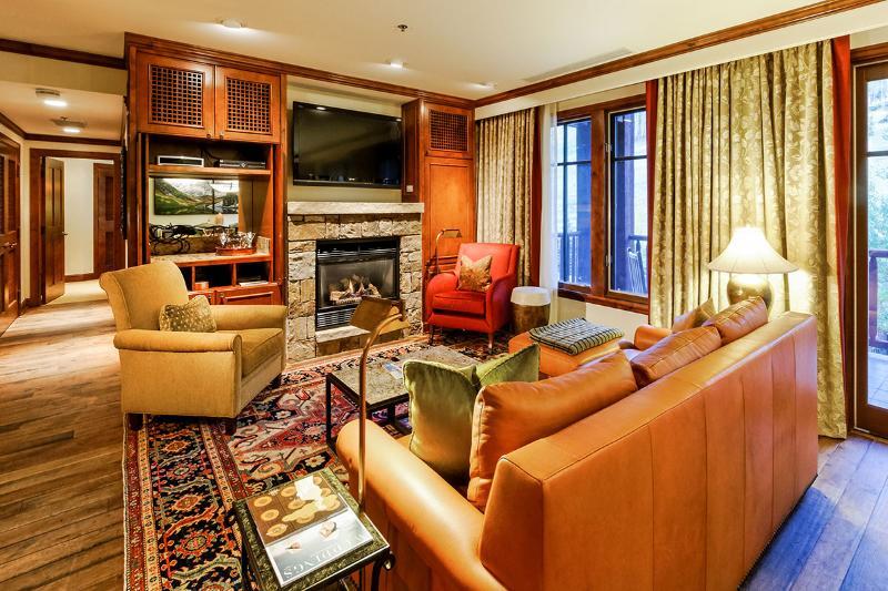 Holiday at the Ritz, Sleeps 8 - Image 1 - Aspen - rentals