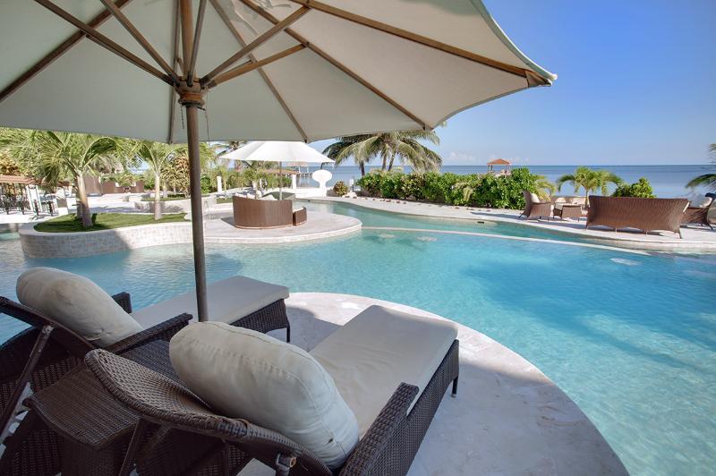 Villa Paraiso, Sleeps 4 - Image 1 - San Pedro - rentals