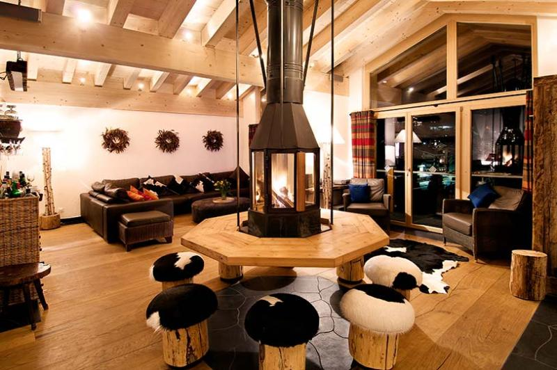 The Zermatt Lodge, Sleeps 10 - Image 1 - Zermatt - rentals