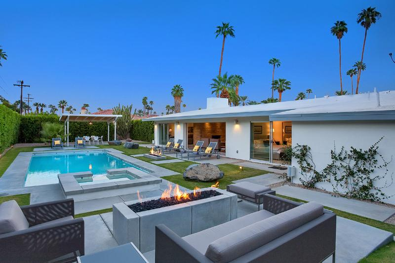 Champagne Dream, Sleeps 6 - Image 1 - Palm Springs - rentals