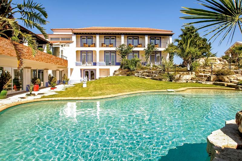 Villa Monte D'Oiro, Sleeps 20 - Image 1 - Lagos - rentals