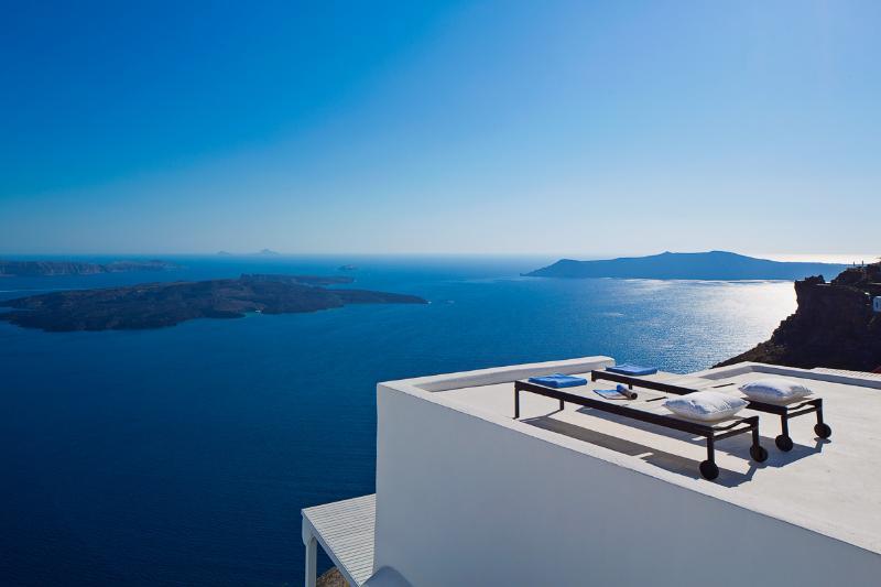 Villa Gaia, Sleeps 6 - Image 1 - Imerovigli - rentals