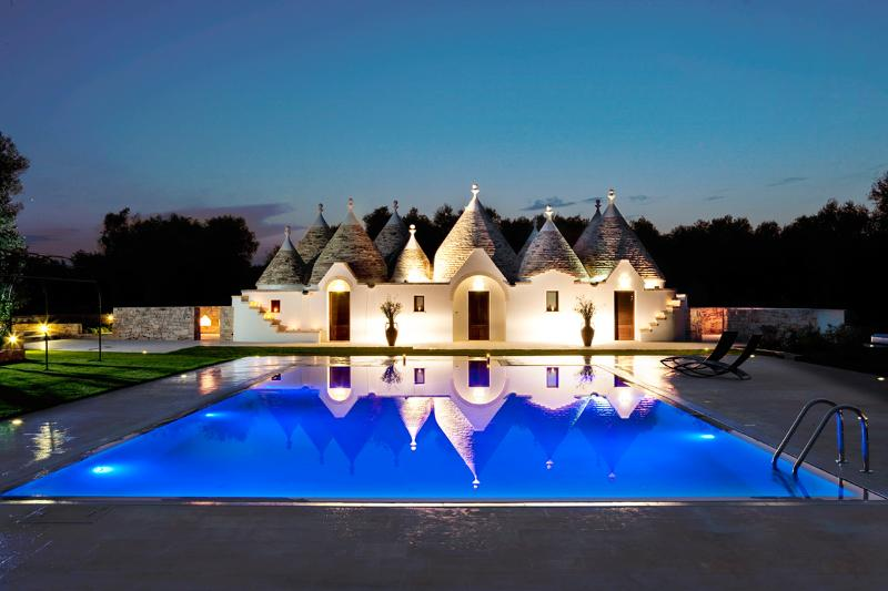 Baraquiel Villa, Sleeps 8 - Image 1 - San Michele Salentino - rentals