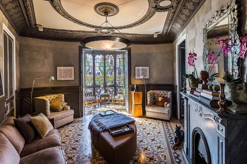 Aragon Platinum III, Sleeps 6 - Image 1 - Barcelona - rentals