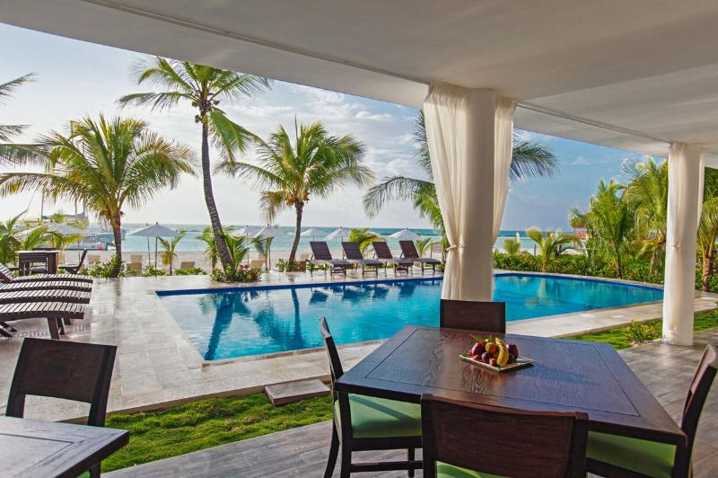Villa Maroma, Sleeps 10 - Image 1 - Playa del Carmen - rentals