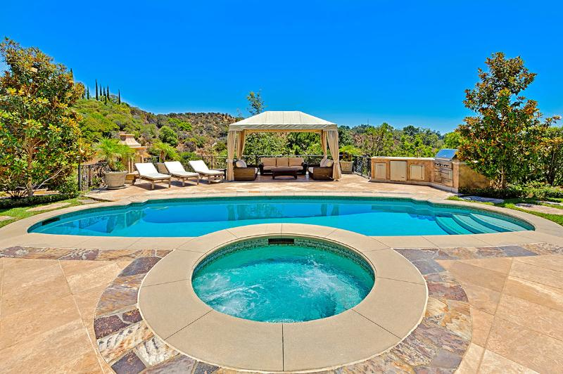 Beverly Hills Mansion, Sleeps 12 - Image 1 - Beverly Hills - rentals