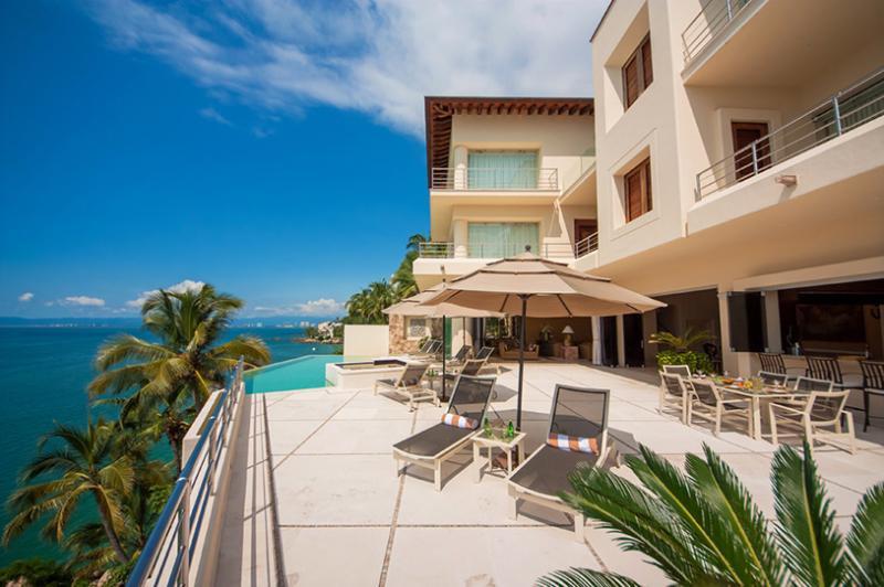 Villa Bahia, Sleeps 8 - Image 1 - Puerto Vallarta - rentals
