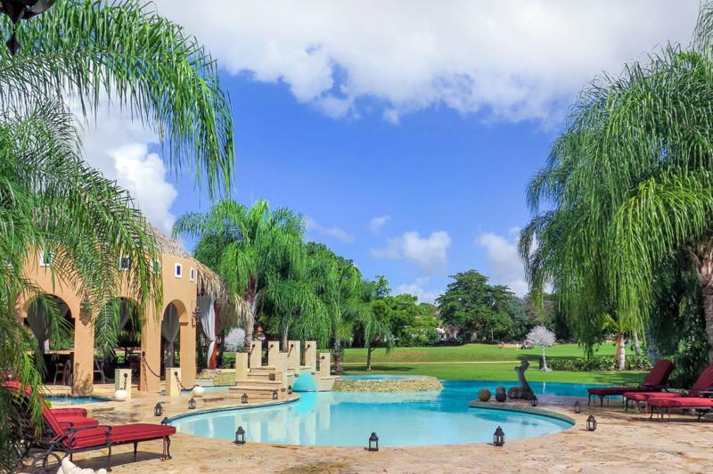 Villa Shangri-La, Sleeps 12 - Image 1 - La Romana - rentals