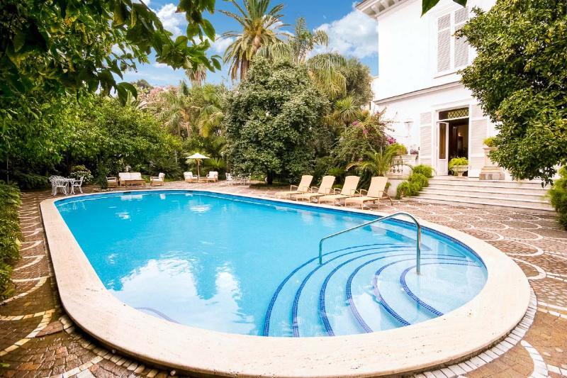 Villa Principe, Sleeps 20 - Image 1 - Amalfi - rentals