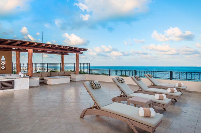 2BR Penthouse at Villa Del Palmar, Sleeps 4 - Image 1 - Cancun - rentals