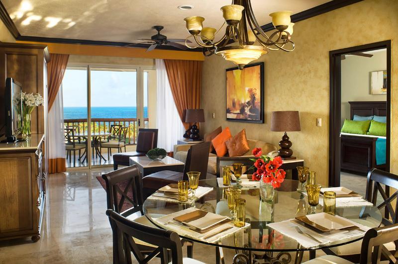 2BR Master Residence at Villa Del Palmar, Sleeps 4 - Image 1 - Cancun - rentals