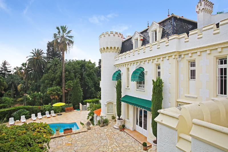 Villa Noailles, Sleeps 11 - Image 1 - Cannes - rentals