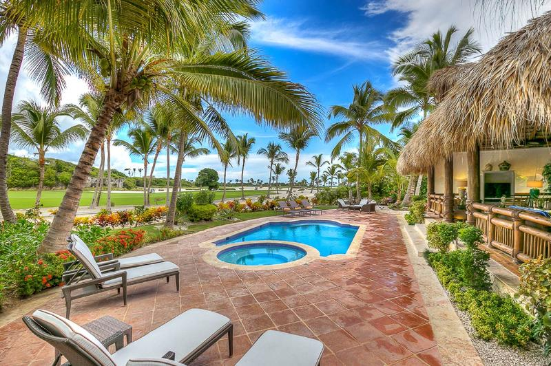 Villa Caleton 3, Sleeps 8 - Image 1 - Punta Cana - rentals