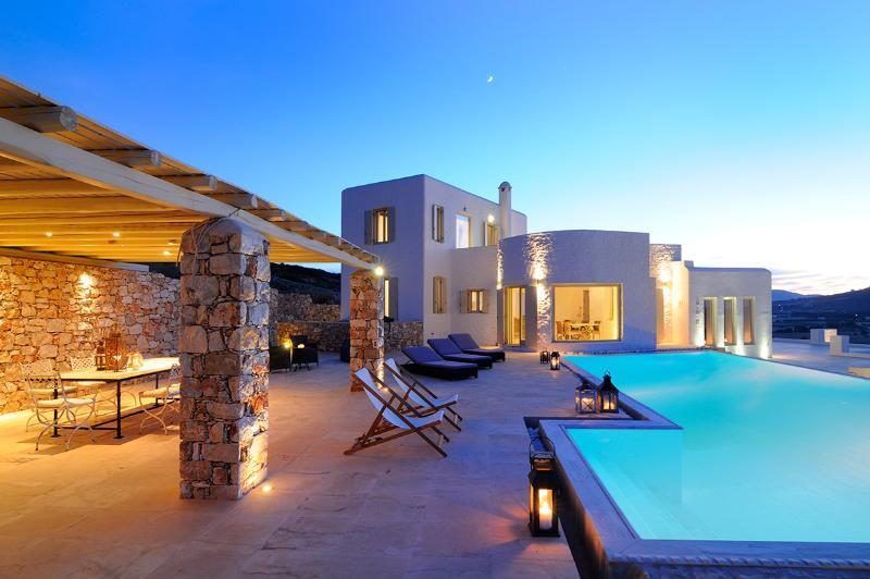 Villa Drazen, Sleeps 6 - Image 1 - Parikia - rentals