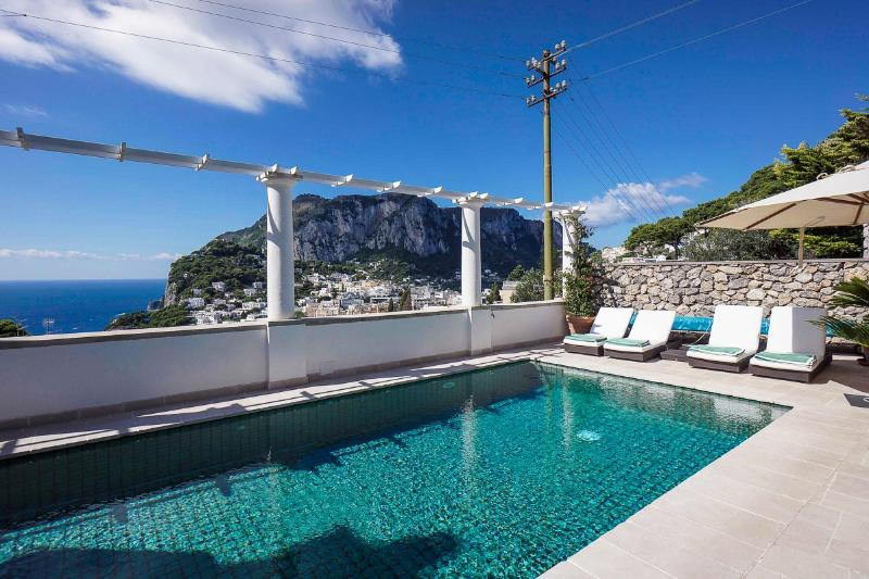 Il Rubino, Sleeps 12 - Image 1 - Capri - rentals