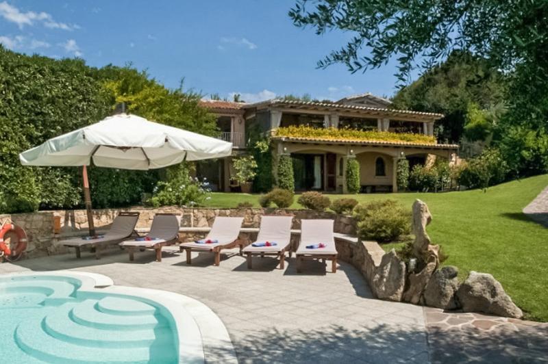 Villa Crystal, Sleeps 12 - Image 1 - Porto Rotondo - rentals