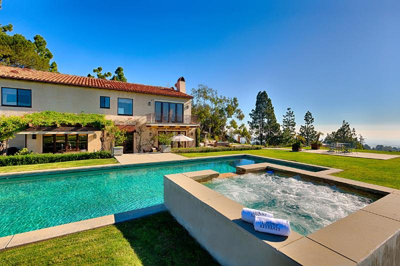 Bel Air Classic, Sleeps 10 - Image 1 - Los Angeles - rentals