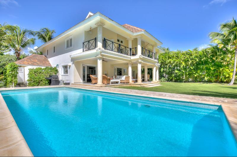 Villa Los Cocos, Sleeps 8 - Image 1 - Punta Cana - rentals