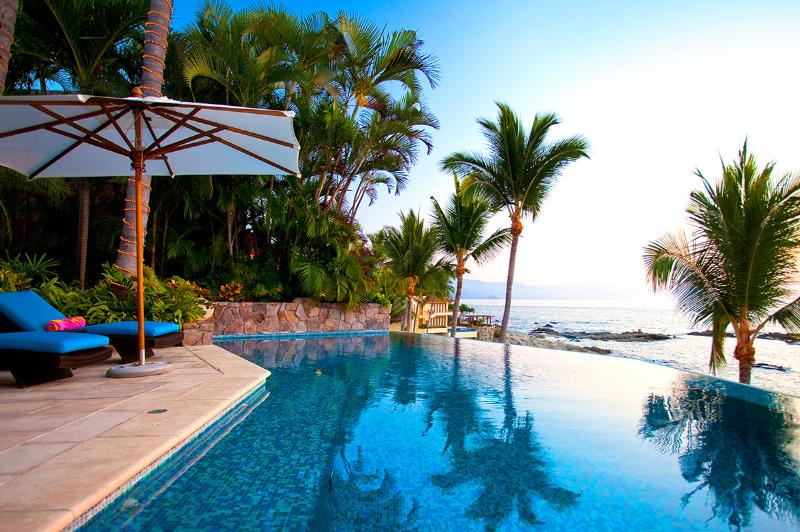 Villa Amapas Estate, Sleeps 20 - Image 1 - Puerto Vallarta - rentals