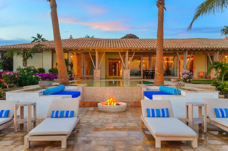 Casa Piedra Blanca, Sleeps 10 - Image 1 - Cabo San Lucas - rentals
