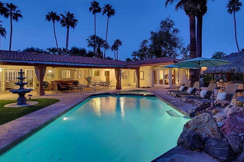 Maison du Soleil, Sleeps 8 - Image 1 - Palm Springs Area - rentals