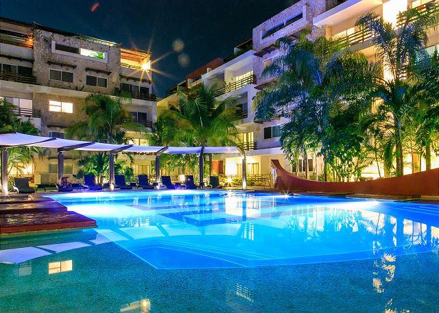 SUNFLOWER CONDO: 3 BEDROOM ALL IN SUITE. Beautiful and Spacious Apartment - Image 1 - Playa del Carmen - rentals