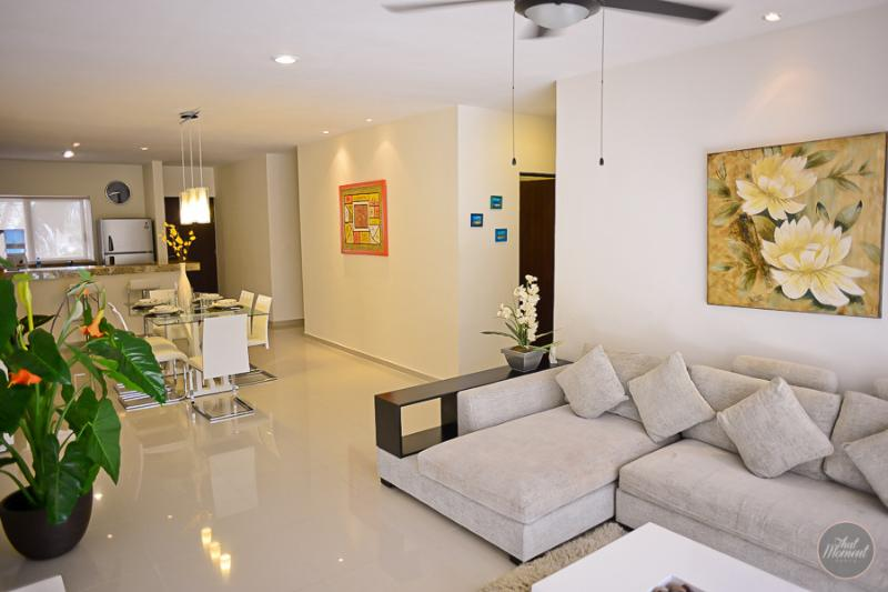 Modern Apartment in Downtown, so many Amenities! - Image 1 - Playa del Carmen - rentals
