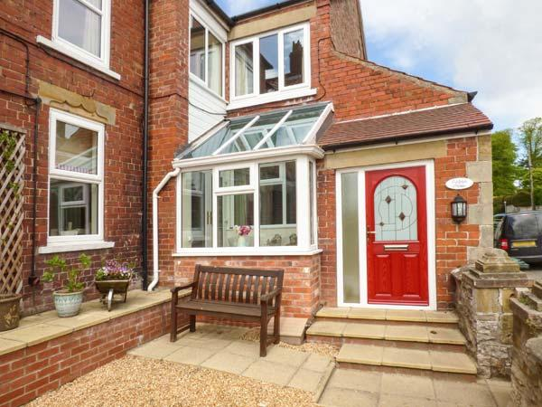 OAKLEIGH HOUSE, attractive cottage, near walks, attractions and amenities, two bathrooms, Nawton, Ref. 924570 - Image 1 - Nawton - rentals