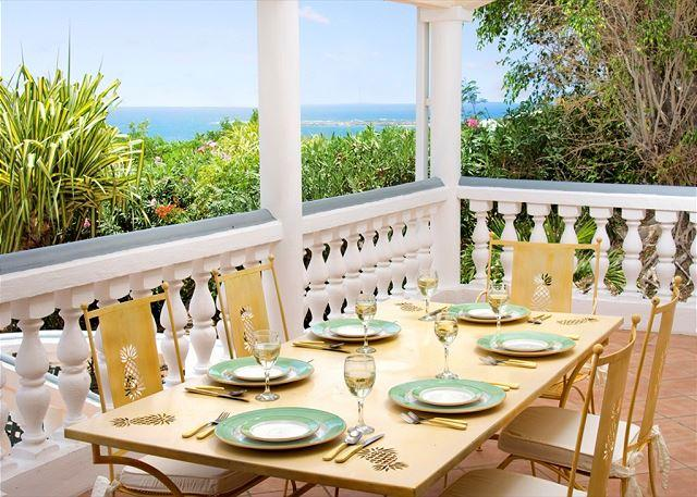 Outdoor covered dining area - Villa Alexambre:Caribbean style villa, Orient Bay Beach | Island Properties - Saint Martin-Sint Maarten - rentals