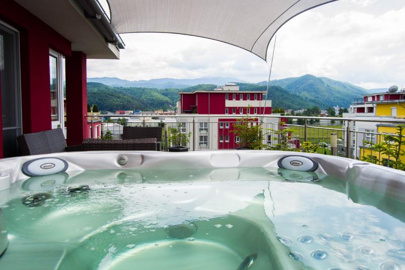 Brasov Sweet Retreat-Penthouse Rosu 3 rooms 150m2 - Image 1 - Brasov - rentals