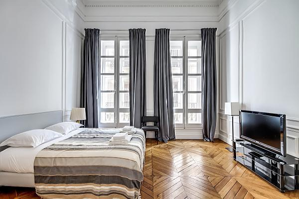 Bedroom 1 - Champs Elysées - Tuileries - Paris - rentals