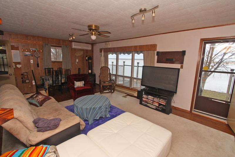 Waterfront Family cottage (#983) - Image 1 - Campbellford - rentals