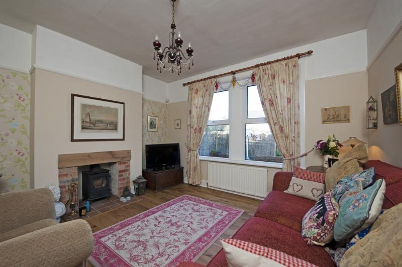 Lyncroft located in Newchurch, Isle Of Wight - Image 1 - Sandown - rentals
